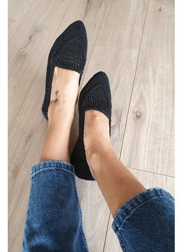 Topukla Babet Siyah